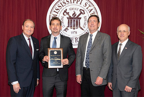 Mississippi State celebrates research success with annual banquet